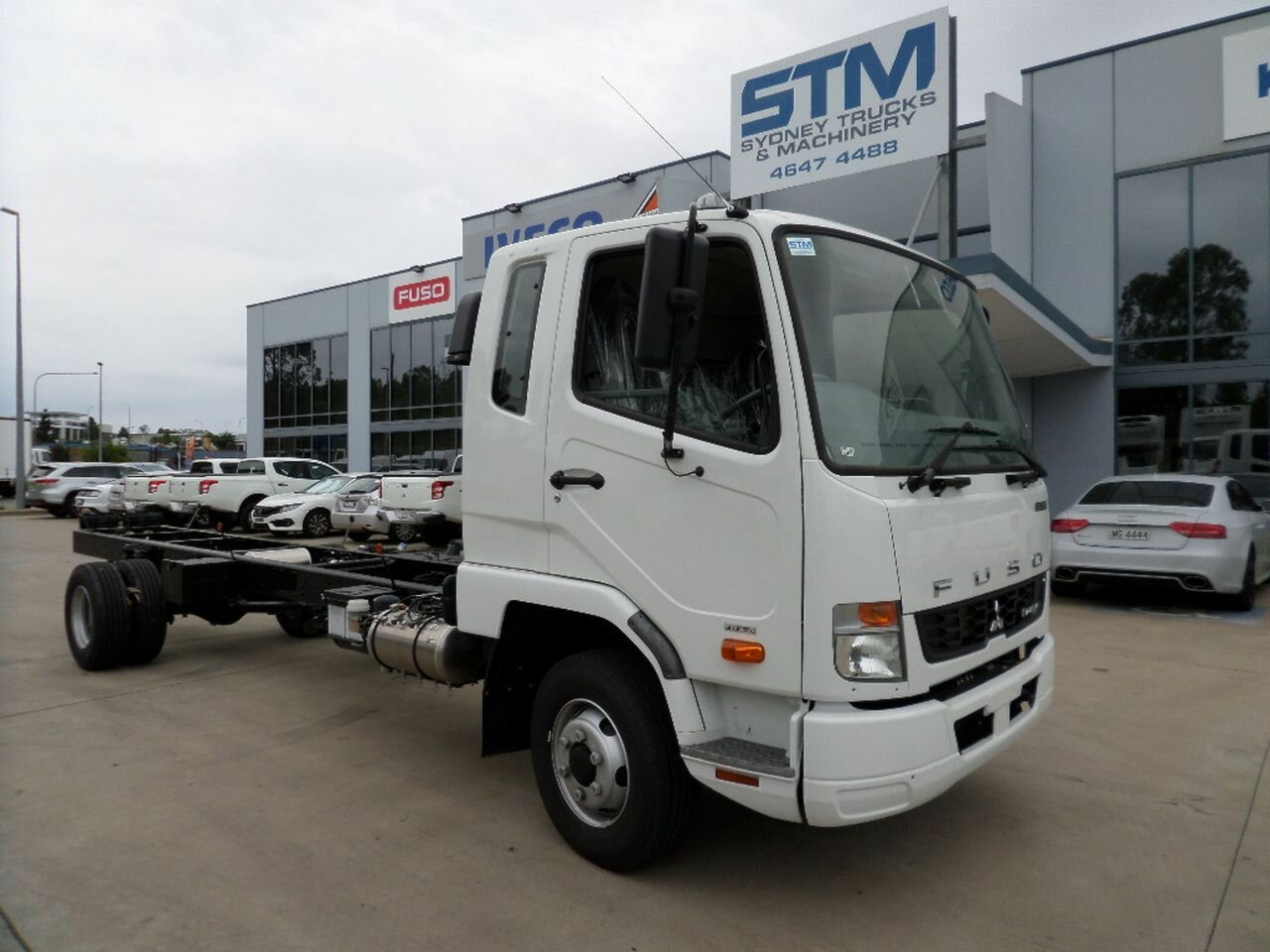 2017 FUSO FIGHTER 1024 CAB CHASSIS