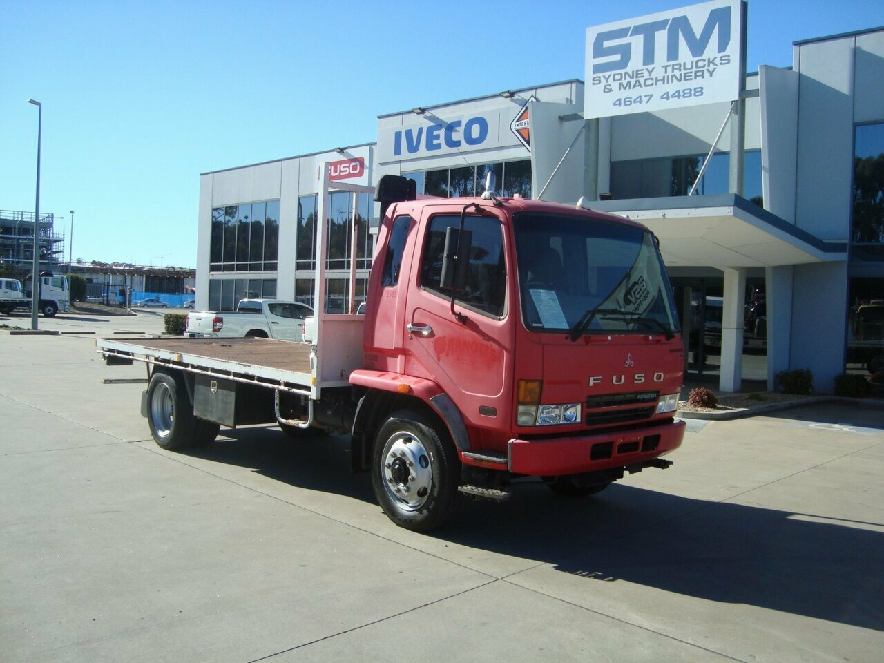 2006 FUSO FK61FH1HRFAE FIGHTER 2DR-ST/TRAY