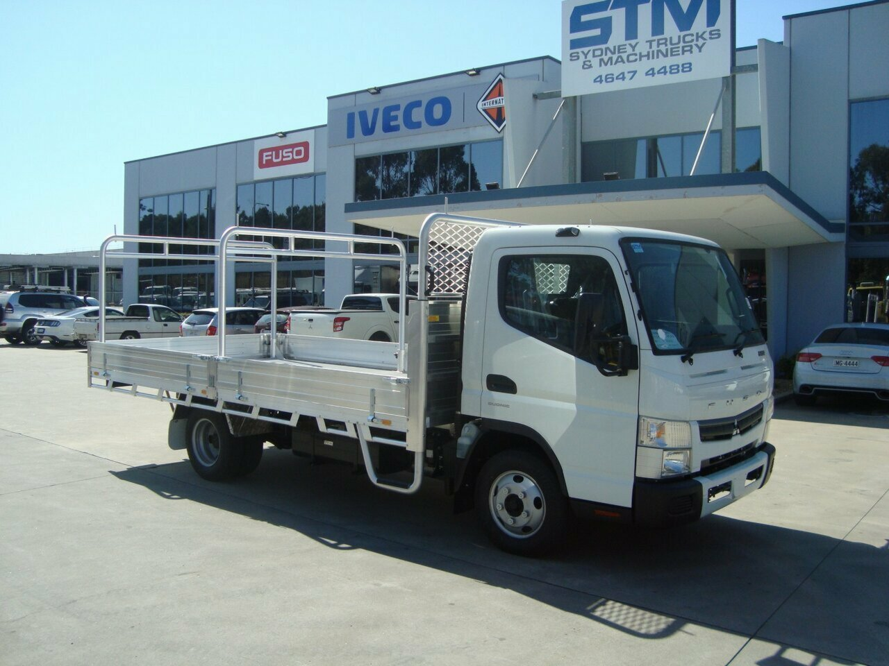 2018 FUSO CANTER FE CAB CHASSIS