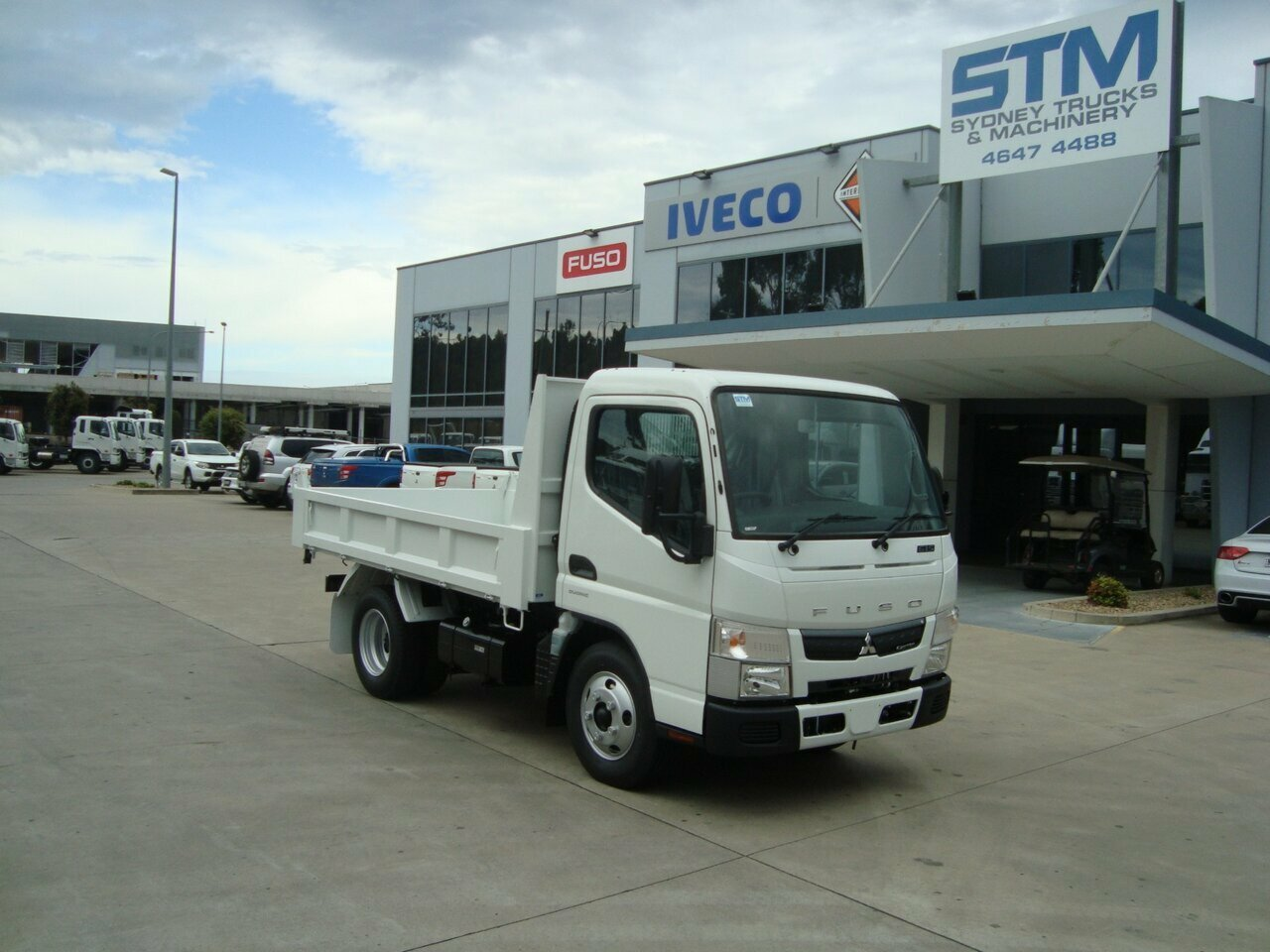 2019 FUSO CANTER FE TIPPER