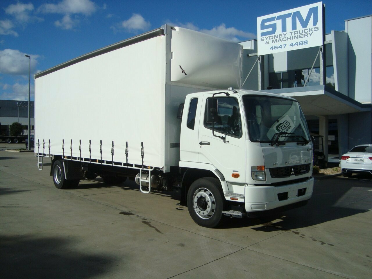 2018 FUSO 1627 FIGHTER CURTAIN SIDER