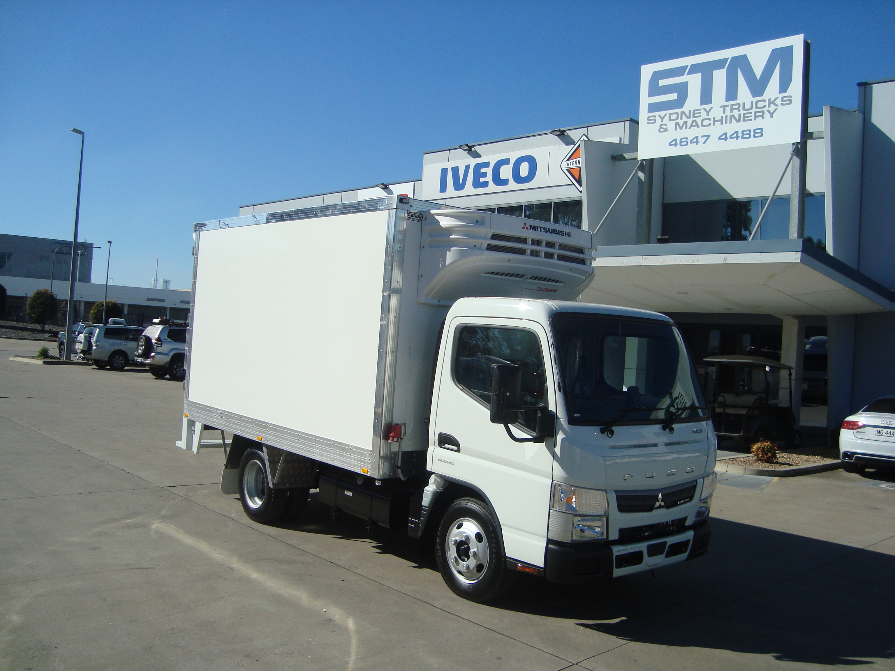 2020 FUSO 515N CANTER REFRIGERATED TRUCK