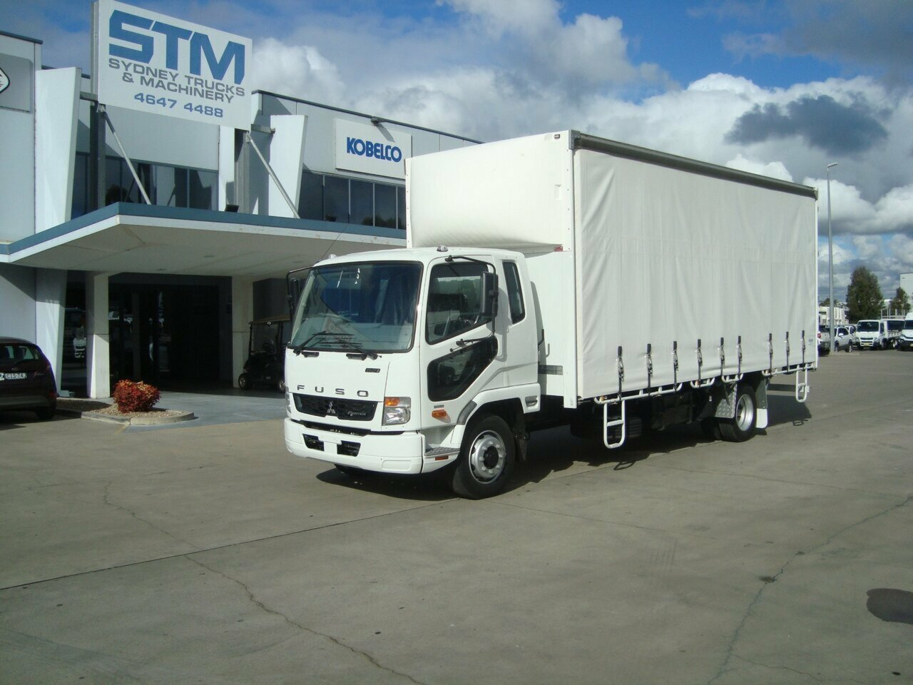 2018 FUSO 1124 FIGHTER CURTAIN SIDER