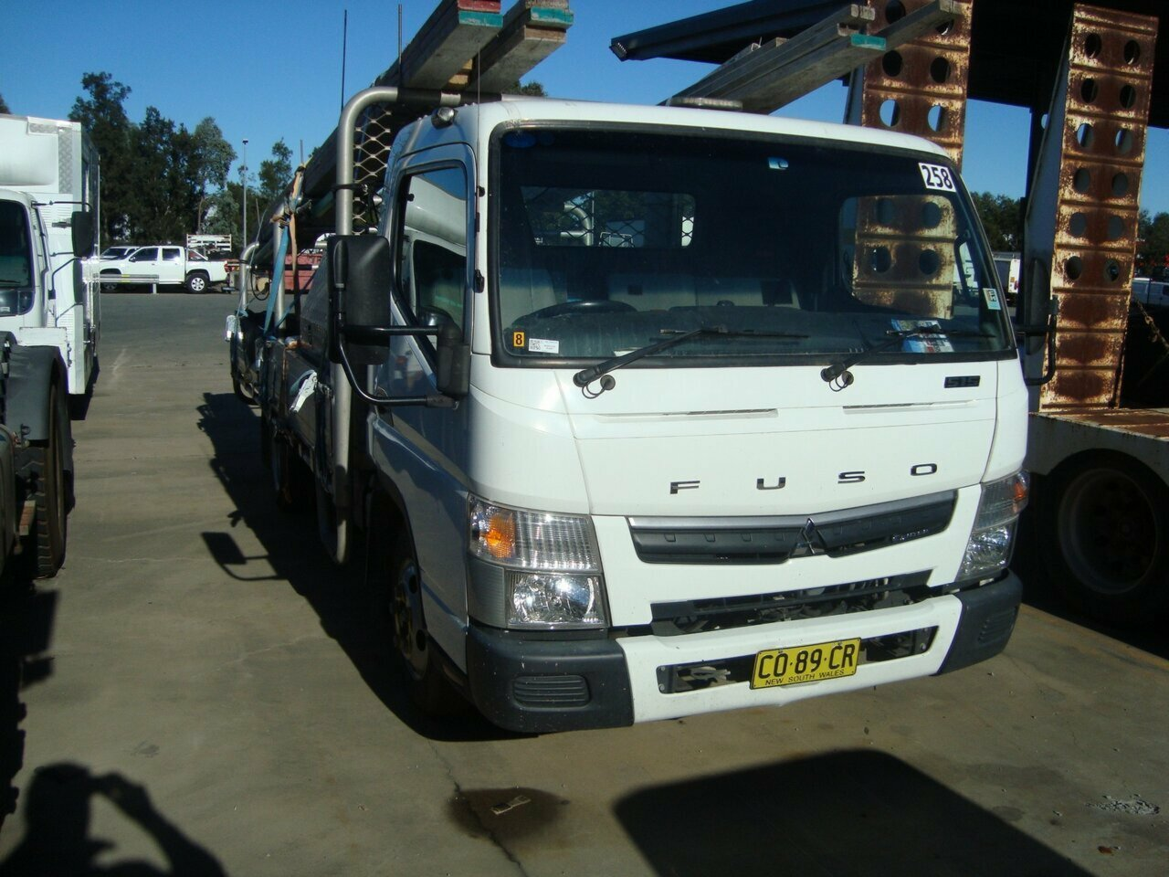 2017 FUSO 515W CANTER TRAY TRUCK