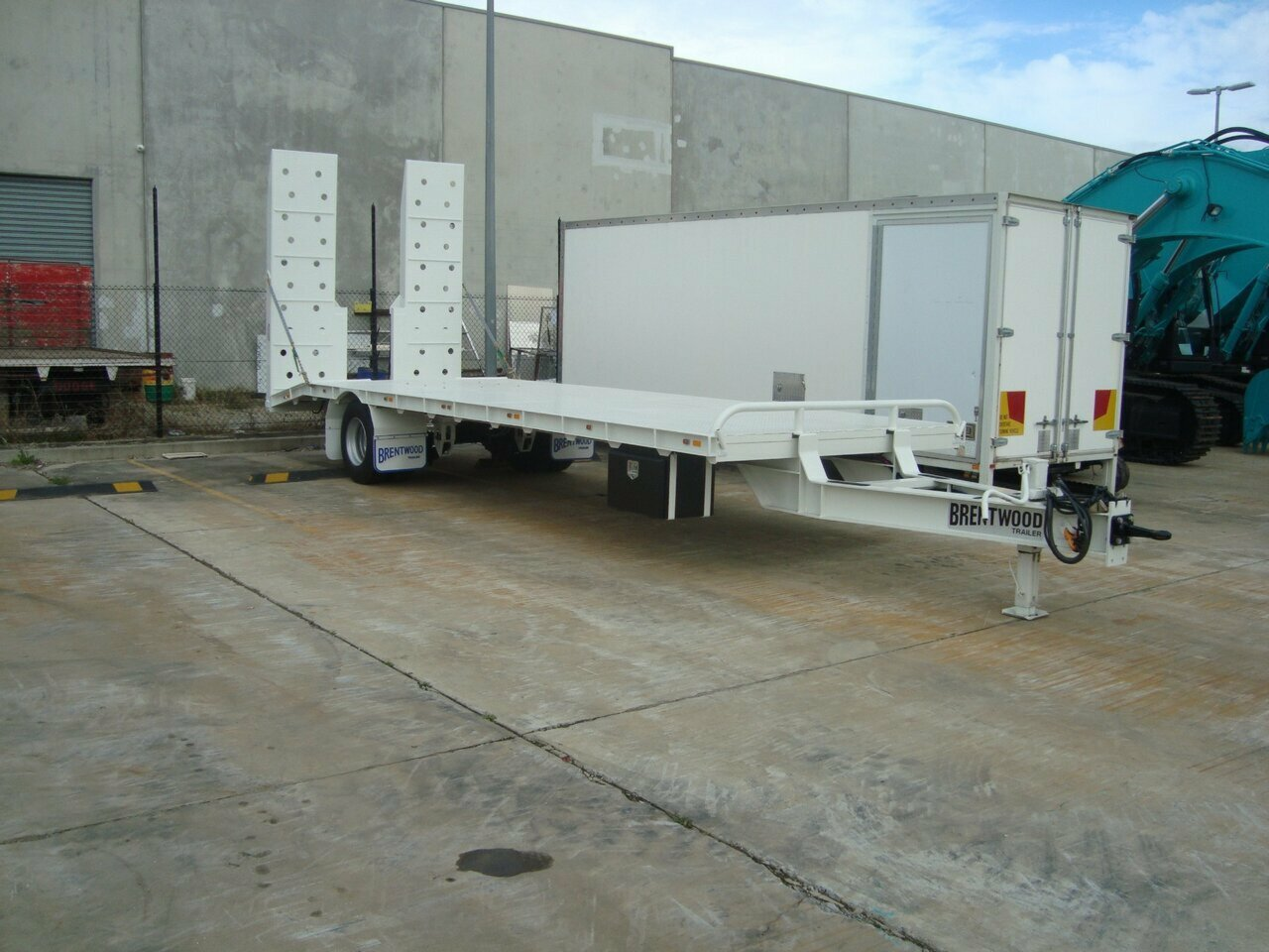 2020 BRENTWOOD BEAVERTAIL TAG TRAILER  PLANT TRAILER