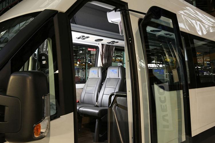 IVECO daily minibus interior